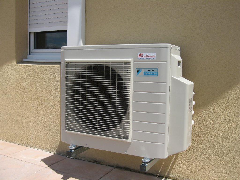 installation d 39 une climatisation reversible multisplit de. Black Bedroom Furniture Sets. Home Design Ideas