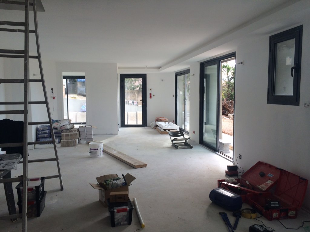 r alisation d 39 un plancher chauffant et d 39 une climatisation gainable dans une maison. Black Bedroom Furniture Sets. Home Design Ideas