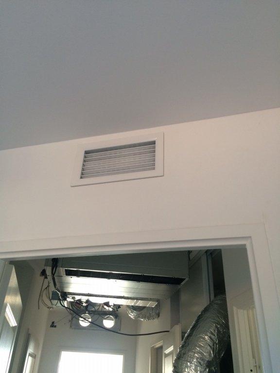 climatisation d 39 un appartement de standing bbc hy res. Black Bedroom Furniture Sets. Home Design Ideas